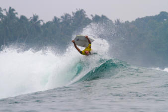 mentawai-bodyboard-waves-22