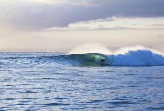 nusa-lembongan-waves-11
