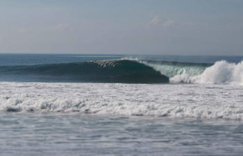 sanur-waves-3