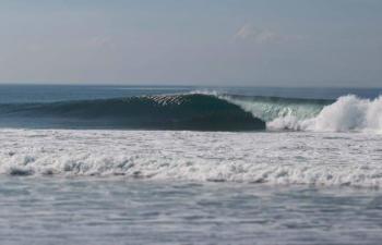 sanur-waves-3