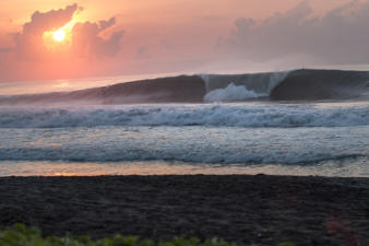 sanur-waves-7