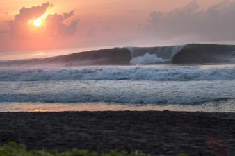 sanur-waves-7